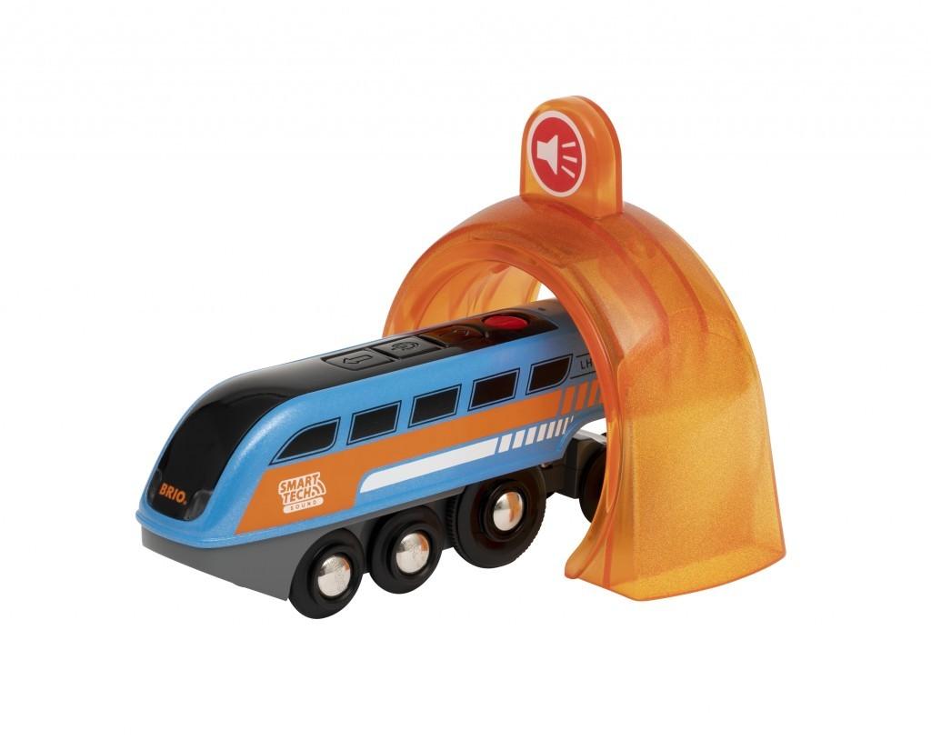 Eisenbahn-Fans werden die Smart-Tech-Sound-Lok von Brio mit ihren vielen Funktionen und Extras wie einer Aufnahmefunktion lieben. Ab 39,99 Euro. www.brio.de