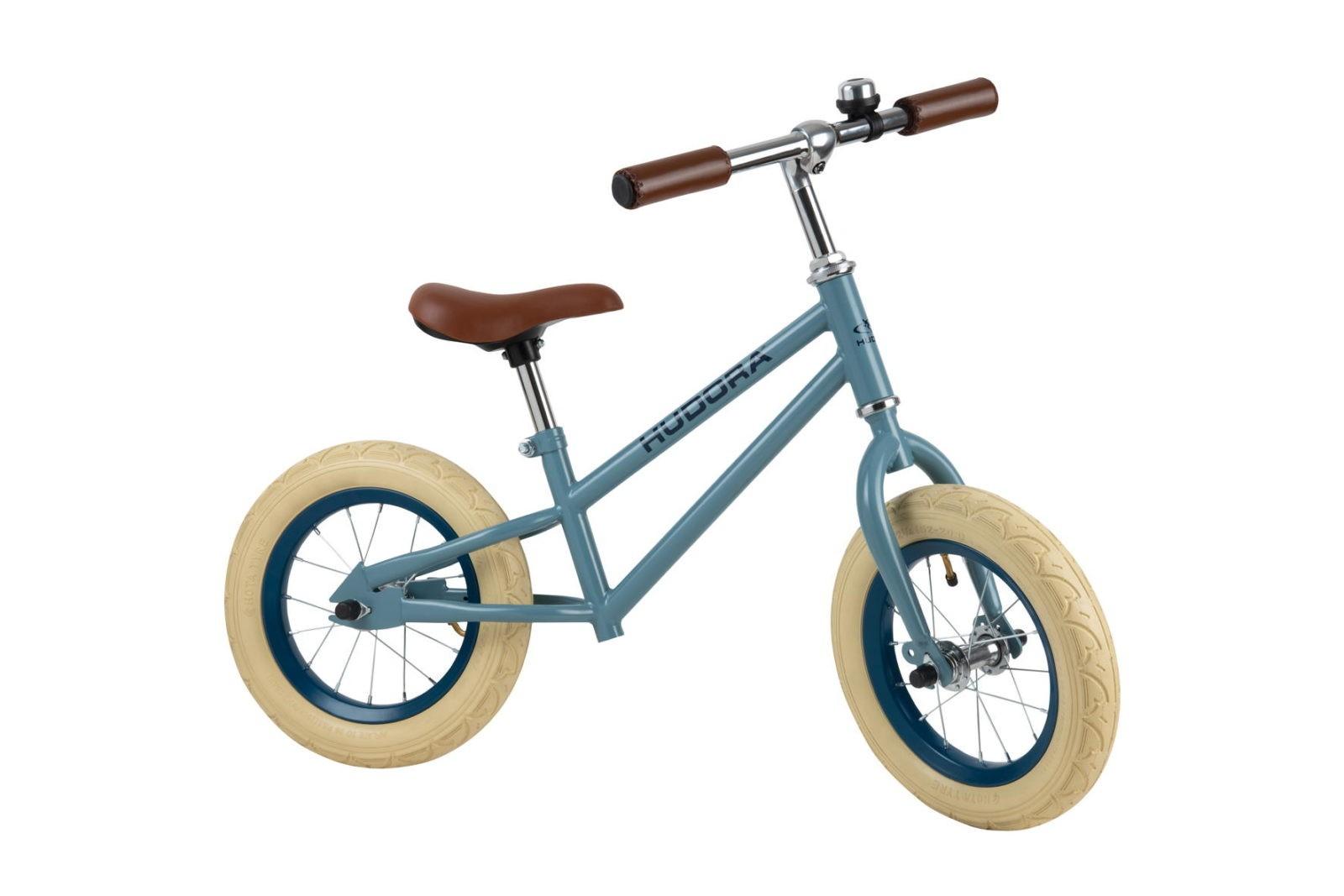 Eine große Auswahl an Laufrädern für alle Altersstufen bietet Hudora: Darunter ist auch dieses leichtgewichtige Laufrad für fortgeschrittene Laufradfahrer.  www.hudora.de