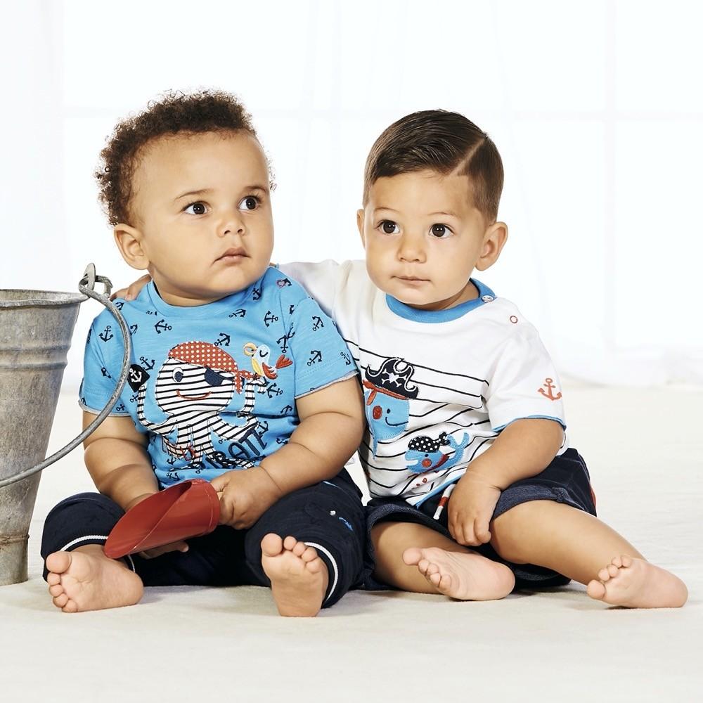 Die kindlichen Prints bei Bondi sind besonders verspielt und entzücken so Eltern und Kinder.