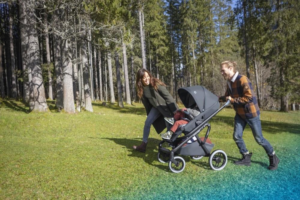 Kinderwagen Test Maxi Cosi Und Hartan Vorn Happybaby De